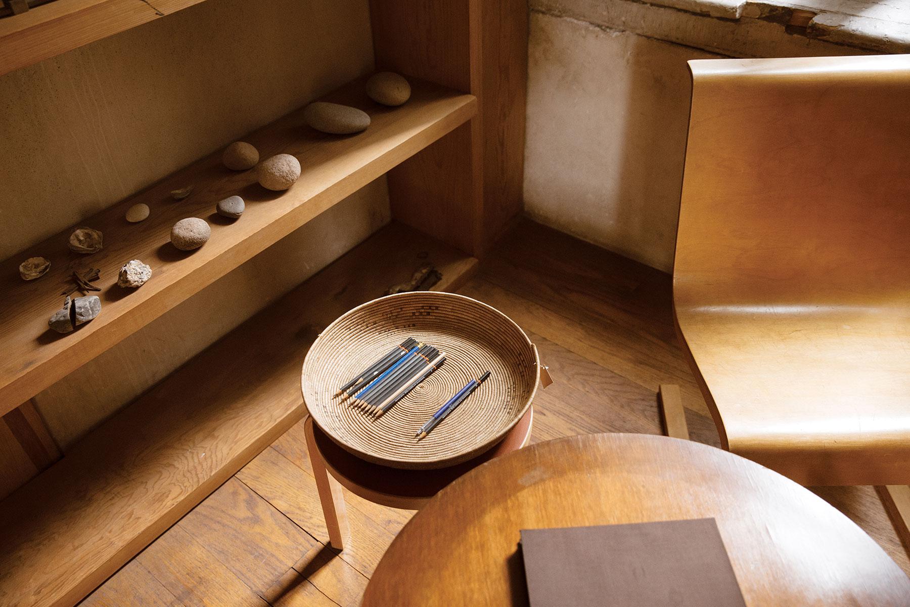 donald judd 101 spring street cereal. Black Bedroom Furniture Sets. Home Design Ideas
